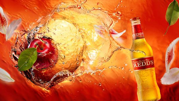 Сексуальная реклама от REDD'S